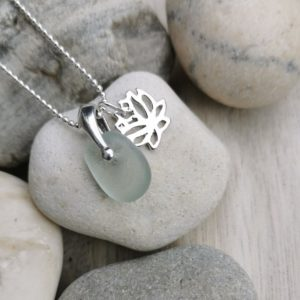Seaglass pendant necklace, lotus leaf charm necklace, beach glass jewellery, Silver sea glass pendant, made in London, made in Britain, Christmas gift for her, birthday gift, blue marble jewellery